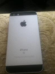 70  Apple I phone Se 128gigs new