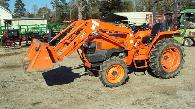 Like new Kubota L2800 4x4 diesel tractor w loader