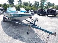 5 495  1996 Stratos 201 FS Bass Boat