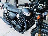 2018 Triumph Bonneville T100 Black Matte -