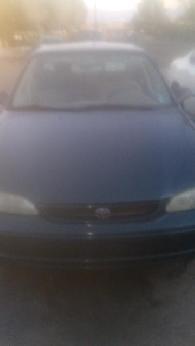 900  1998 toyota corolla