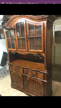 275  China cabinet with lights