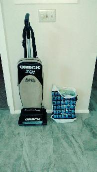 80  Oreck XL 21 Upright Vacuum