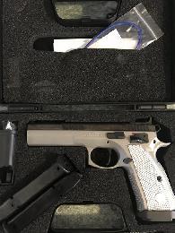 1 100  CZ tactical sport 9mm aluminum grips