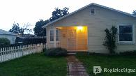 925  2br  2 bedrooms at 111 W  Feemster Ave   Visalia  CA
